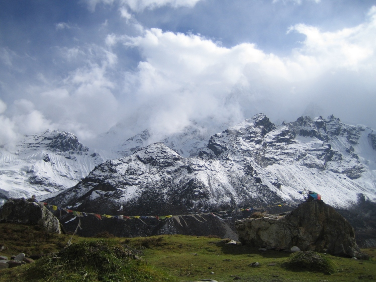 A herding camp at 16,000 feet near the base of Mt. Everest, on the Tibetan side. (Credit: Julia Rosen)
