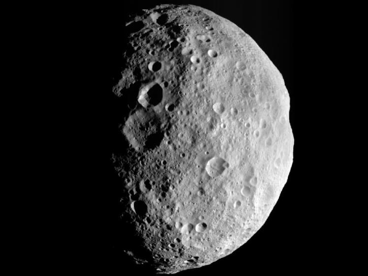 NASA's Dawn spacecraft snapped an image of the ancient asteroid Vesta, which holds clues about the origins of Earth's water. (Credit: NASA/JPL-Caltech/UCLA/MPS/DLR/IDA)
